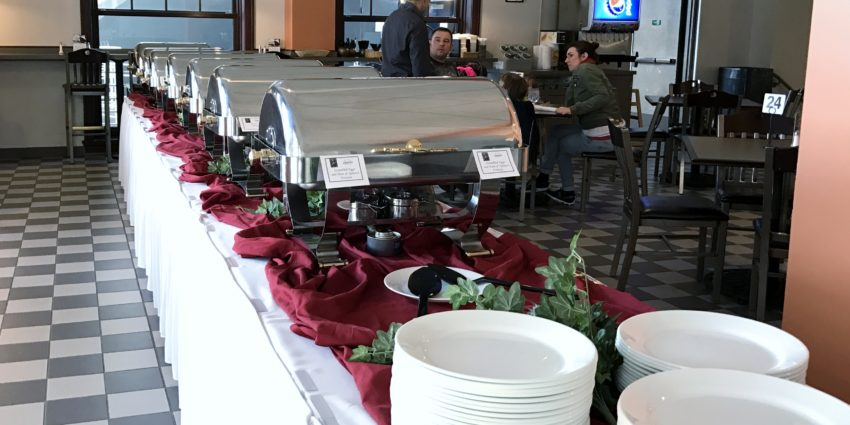 Image of buffet line at Leonardo's Cafe